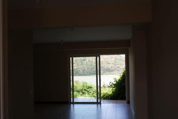 appartement_f3_dumbea_id95444_1365575829_8